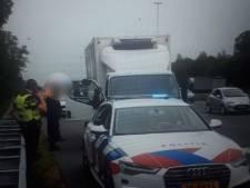 Chauffeur rijdt met gestolen vrachtwagentje over A2 zonder rijbewijs en onder invloed