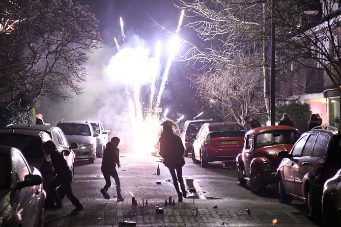 Komende jaarwisseling is het voor het eerst verboden om vuurwerk af te steken binnen de Rotterdamse gemeentegrenzen.