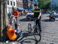 Koningsdag in Utrecht: duizenden mensen op de been, politie moet verschillende keren ingrijpen