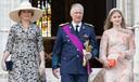 Koning Filip, koningin Mathilde en prinses Elisabeth worden altijd bijgestaan door bodyguards.