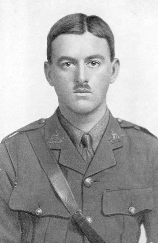 Henry John Innes Walker, een Nieuw-Zeelander, aangesloten bij het Britse leger, sterft in Langemark in de ochtend van 25 april 1915.