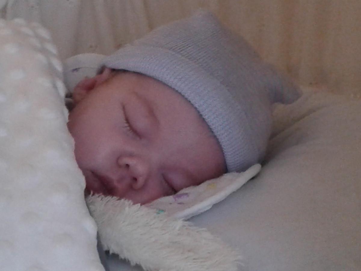 Baby Luna leefde slechts tien dagen. Haar dood had volgens haar ouders voorkomen kunnen worden.