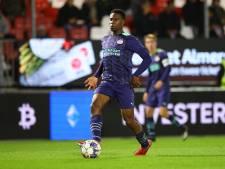 Geen circus meer, maar nu al volop profvoetbal voor talentvolle PSV-verdediger Emmanuel van de Blaak (16)