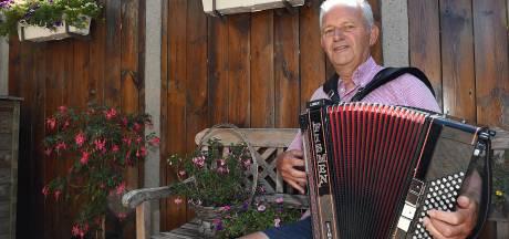 Na 31 jaar einde verhaal voor accordeonclub: 'Dan ben je nog maar met zes'