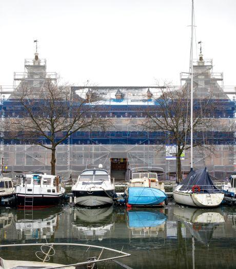 Oorlog in Hollandiagebouw: kopers vervangen sloten om projectontwikkelaar buiten de deur te houden