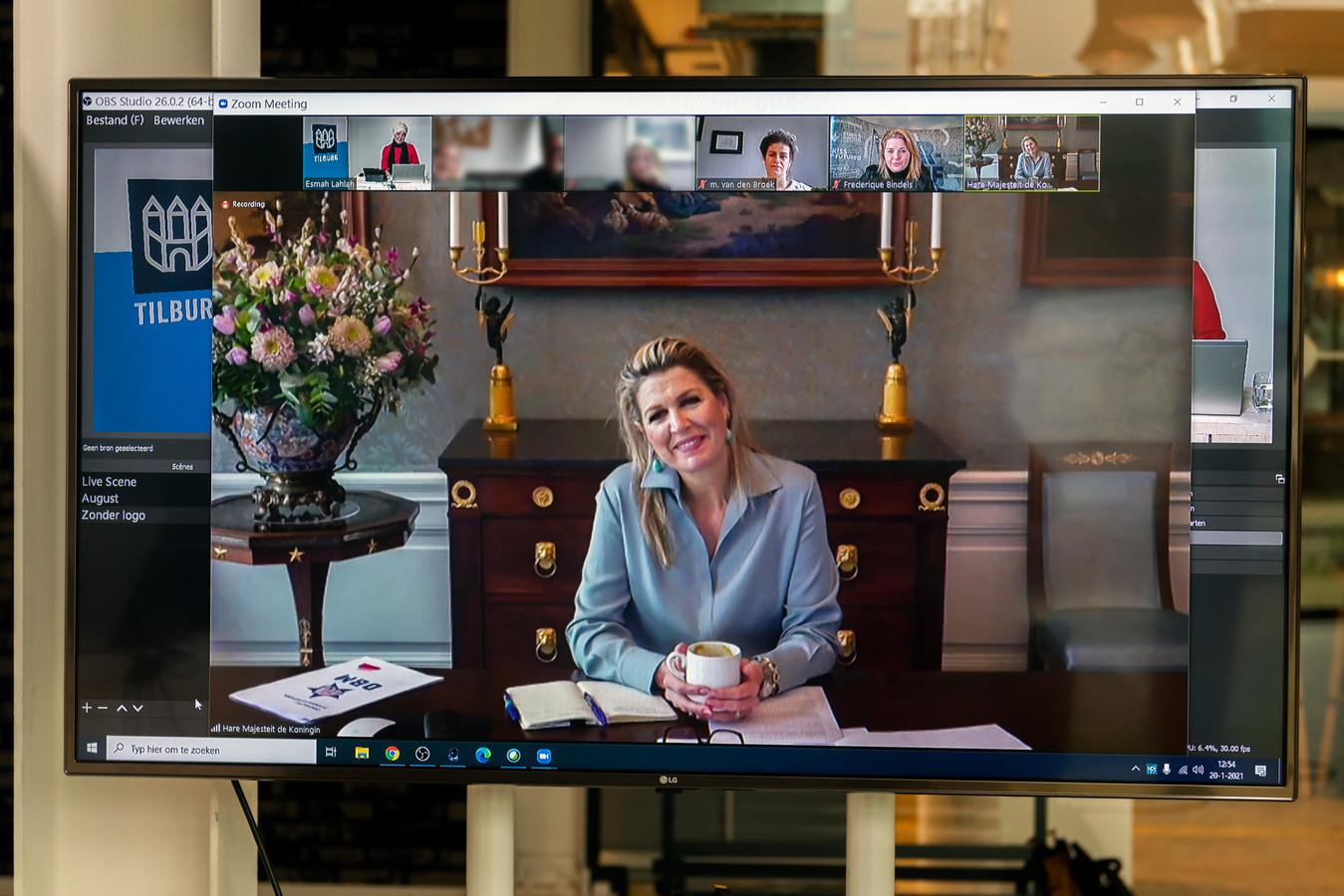 Esmah Lahlah, wethouder Arbeidsparticipatie en Bestaanszekerheid, digitaal in gesprek met onder meer Koningin Maxima over de Doorbraakmethode