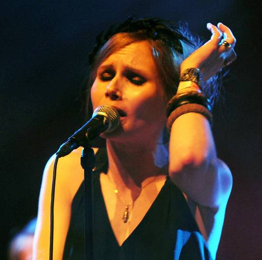 Nina Persson van de Zweedse band The Cardigans.
