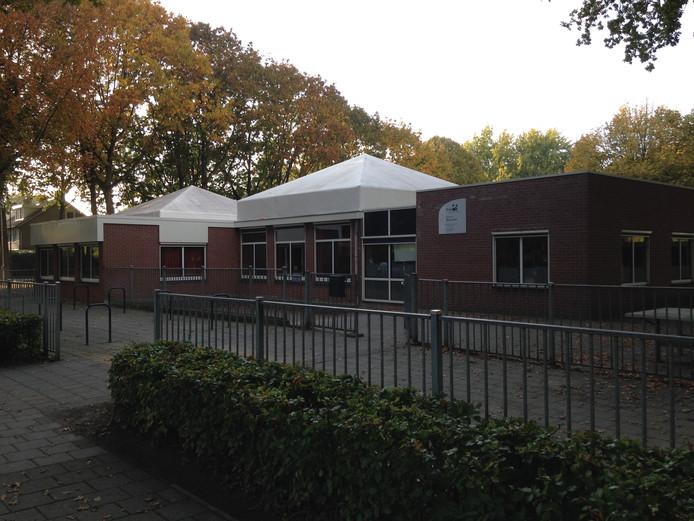 Drie noodlokalen voor basisschool Rennevoirt in Berkel-Enschot