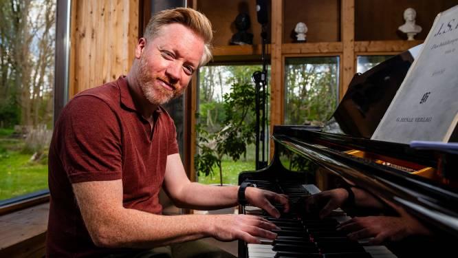 """Florejan Verschueren van Kempense partyband Cookies & Cream en pianist van tal van bekende zangers over het coronajaar als muzikant: """"De interactie met het publiek, dat mis ik zo"""""""