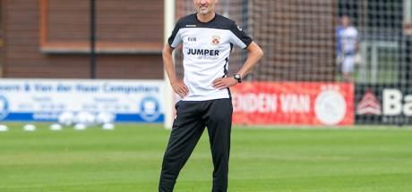 GA Eagles-trainer Van Wonderen wil met ruw, Engels voetbal in eredivisie blijven: 'Het wordt loodzwaar'