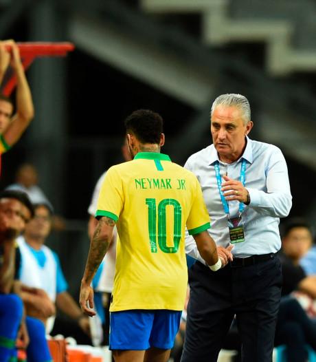 Neymar vier weken eruit door spierscheuring