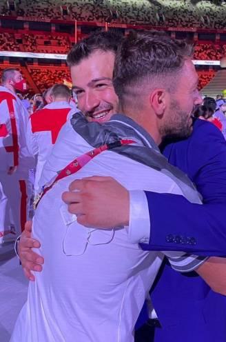 """""""Tijdens het fietsen sloegen de granaten naast mij in"""": twee Syrische broers vluchtten uit hun land en treffen mekaar op Spelen in Tokio"""