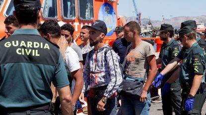 Ruim 1.400 migranten voor kust Spanje opgehaald