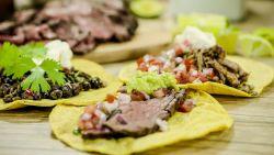 Loïc maakt heerlijke taco's met guacamole