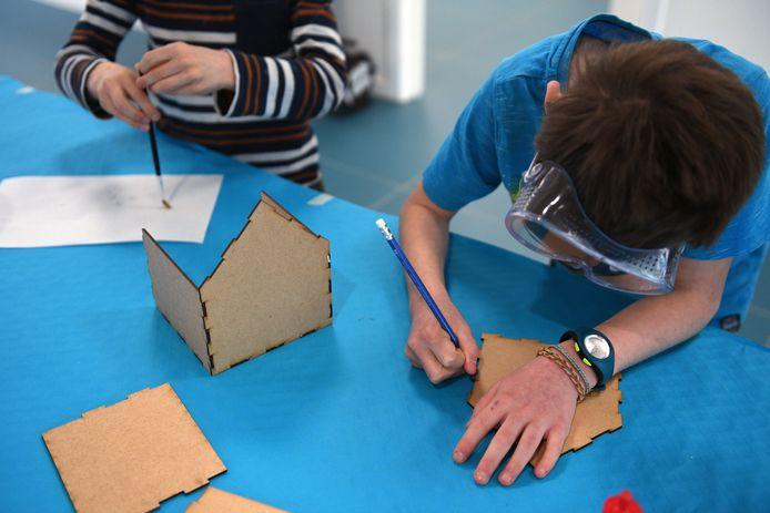 Vzw Link In De Kabel en Samsung organiseren een STEM-kamp