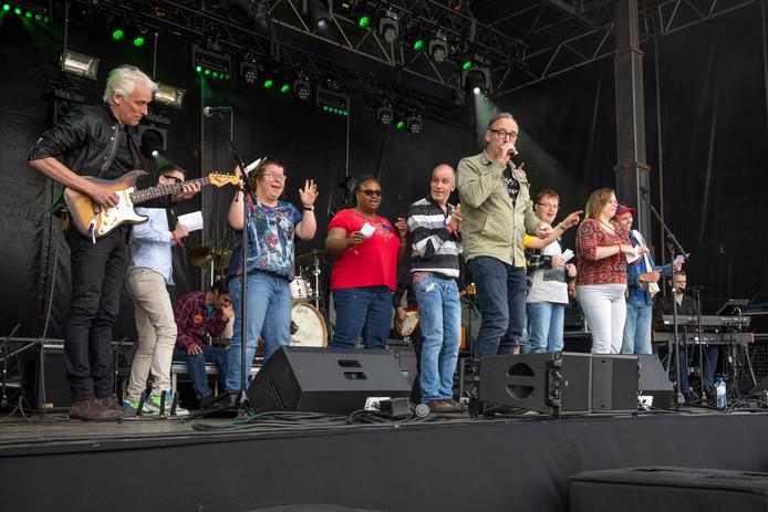 Graauwrock for Specials 2019, met optreden VOF De Kunst.