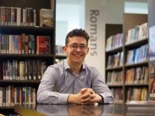 Dorpsdichter Thijs wil de biebs van Heumen redden: 'Zo veel meer dan een rijtje boekenkasten'