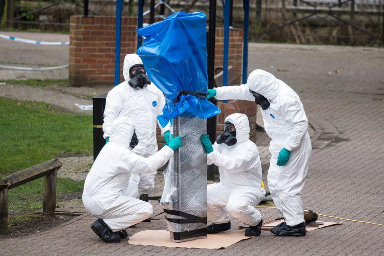 Het bankje waar Skripal en zijn dochter bewusteloos werden gevonden na blootstelling aan het middel novitsjok. Beeld EPA