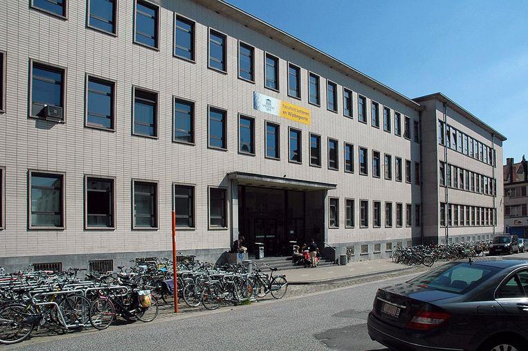 Onder impuls van onder meer Rudolf Boehm groeide de Faculteit Letteren en Wijsbegeerte in Gent in de jaren 60 en 70 uit tot 'een vrijzinnig en links bruggenhoofd'. Beeld wikipedia