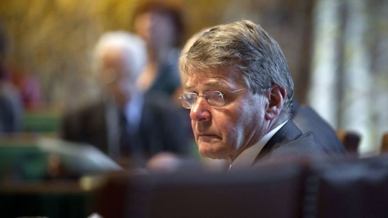 Minister Piet Hein Donner (Binnenlandse Zaken) in de Eerste Kamer. Beeld anp