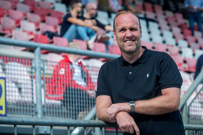 Dick Lukkien, de coach van FC Emmen.