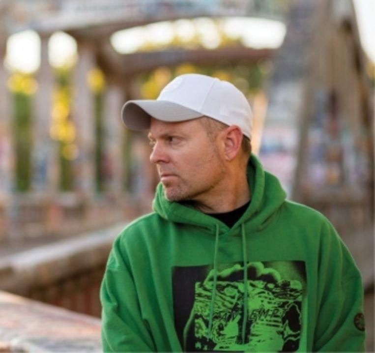 DJ Shadow: 'Af en toe moet je als artiest de wereld een spiegel voorhouden. Al was het maar om ervoor te zorgen dat de volgende generatie weet wat haar te wachten staat.'  Beeld