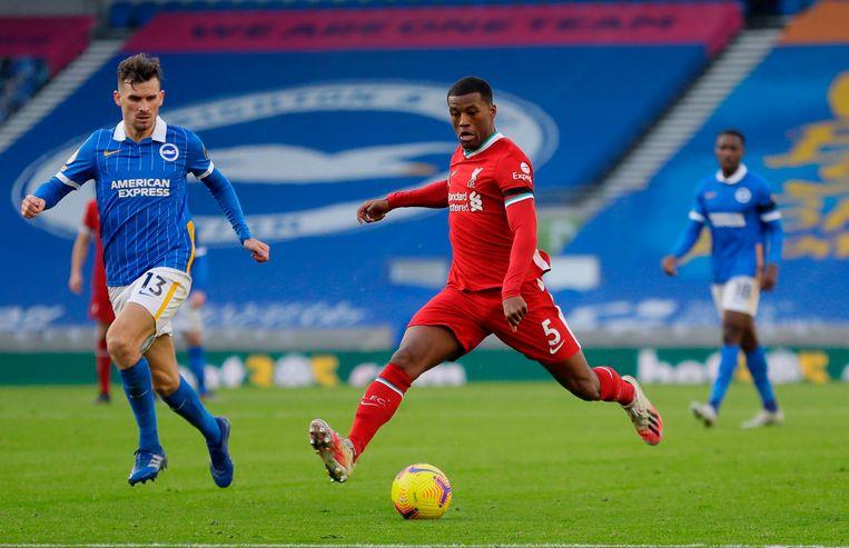 Georginio Wijnaldum in de wedstrijd van Liverpool tegen Brighton & Hove Albion. Beeld AFP