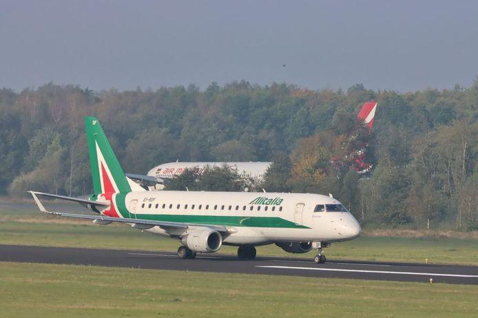 De Embraer 175 die zaterdagochtend landde op Twente Airport