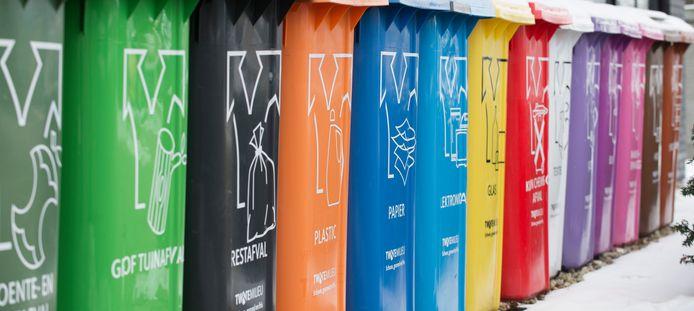 Containers voor verschillende soorten afval.