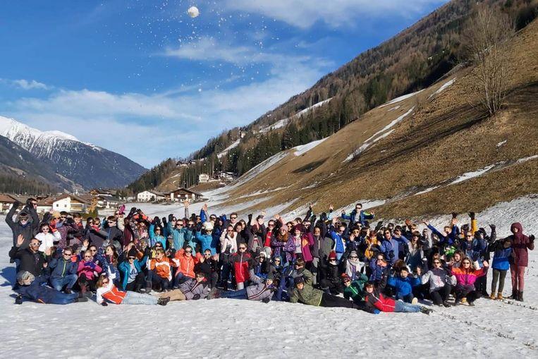 Het Stella Matutinacollege van Lede verblijft momenteel met 106 eerstejaarsleerlingen en 14 leerkrachten in het Italiaanse Klausberg.