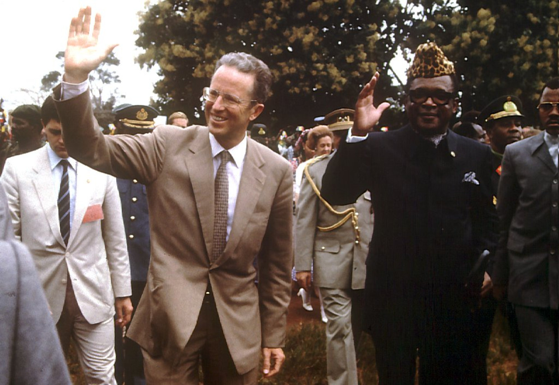 Koning Boudewijn bezoekt het (toenmalige) Zaïre van president Mobutu, in 1985.  Beeld BELGA