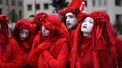 Extinction Rebellion start 'Rode Brigade' in Antwerpen