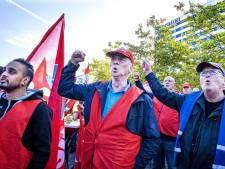 FNV houdt vast aan looneis van 5 procent: 'Top profiteert, mensen die het werk doen minder'