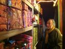 Ernst Benjamin Hübner (75) geeft jaarlijks voor duizenden euro's aan cadeautjes weg op 11 november. Foto Janske Mollen