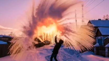 Kopje water en vrieskou leveren spectaculaire beelden op in Russische 'dubak challenge'