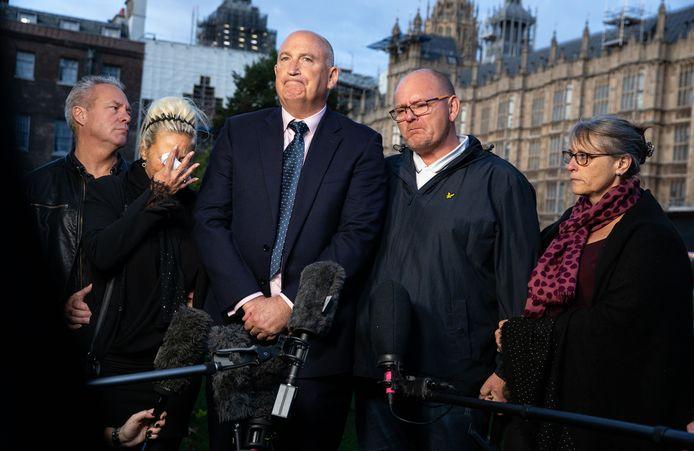 Harry's ouders en familie deden al herhaalde oproepen voor gerechtigheid voor hun zoon.