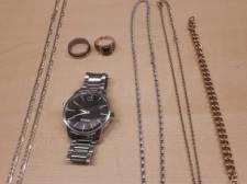 Eigenaar van vermoedelijk gestolen sieraden gezocht