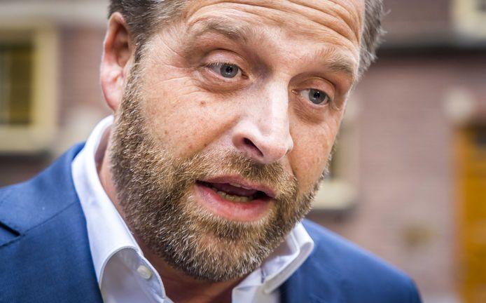 Minister De Jonge (Volksgezondheid) vindt het demonstratierecht in Nederland een groot goed. Maar dat mag volgens hem nooit leiden tot intimidatie