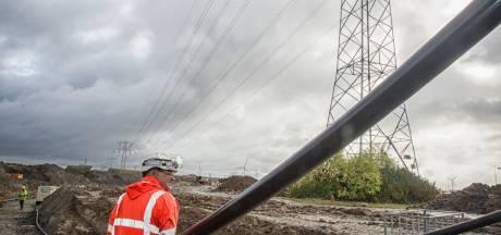 Ondergronds leggen van stroomkabels bij Krabbendijke kost minimaal 40 miljoen