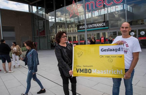 **Honderden Limburgse vmbo-leerlingen krijgen geen diploma door fouten van hun school**