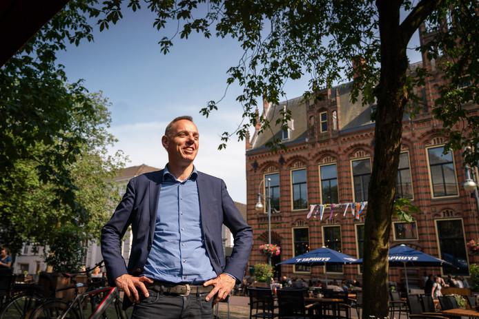 Oud-wethouder Ron König van Arnhem wordt waarnemend burgemeester van Deventer.