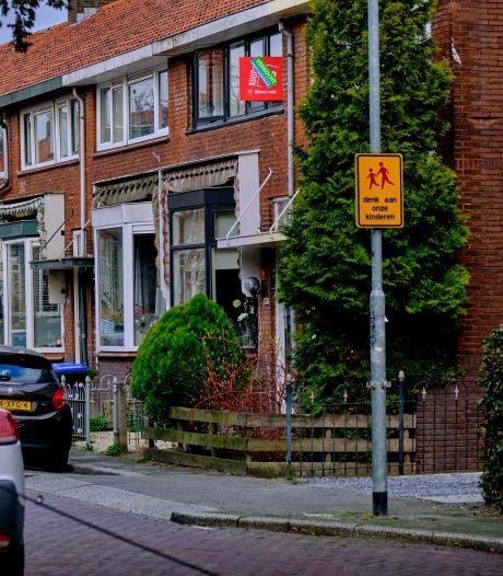 Nieuwste cijfers bevestigen totale chaos op de woningmarkt: 'Makelaars dreigen failliet te gaan'