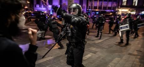 Rellen na opsluiting Spaanse rapper Pablo Hasél houden aan