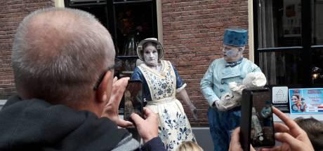 Kampioenenparade van de World Living Statues zet stadshart Arnhem op de kop