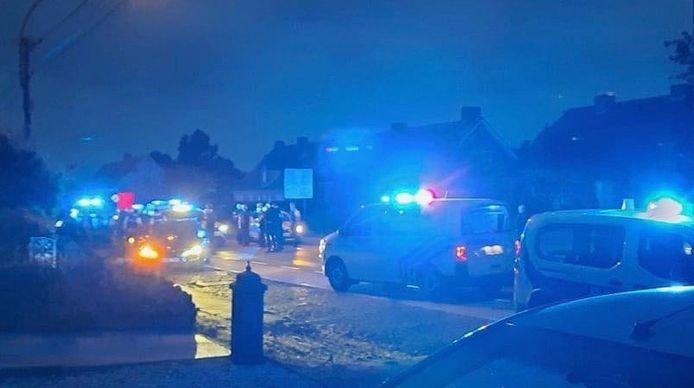 Enkele tientallen politiemensen, Belgen en Fransen, maakten jacht op de gevluchte man uit Roubaix, die uiteindelijk kon gevat worden langs de Beselarestraat in Zonnebeke.