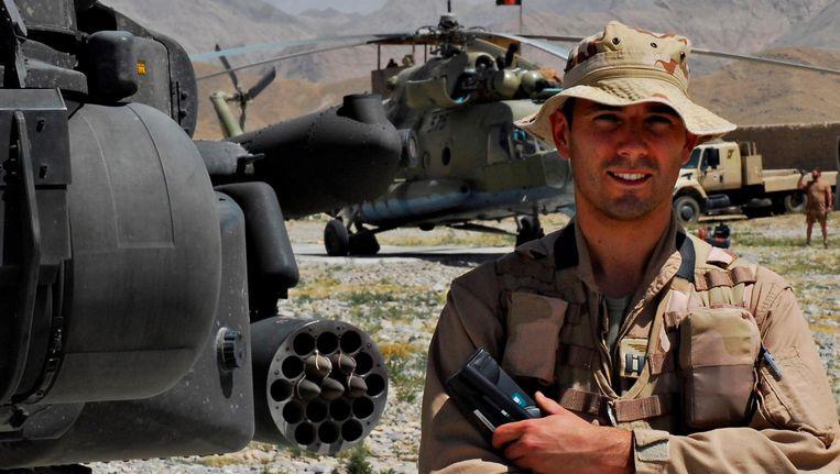 Apachevlieger Roy de Ruiter diende van 2004 tot 2009 in Afghanistan. Beeld -