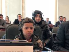 Russen vliegen 11-jarige Hassan naar Den Haag: 'aanval met gifgas was nep'