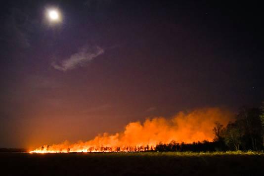 Grote brand bij Helenaveen.