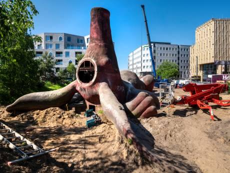 Arnhem baalt: daar gáát het Feestaardvarken, bestemming onbekend