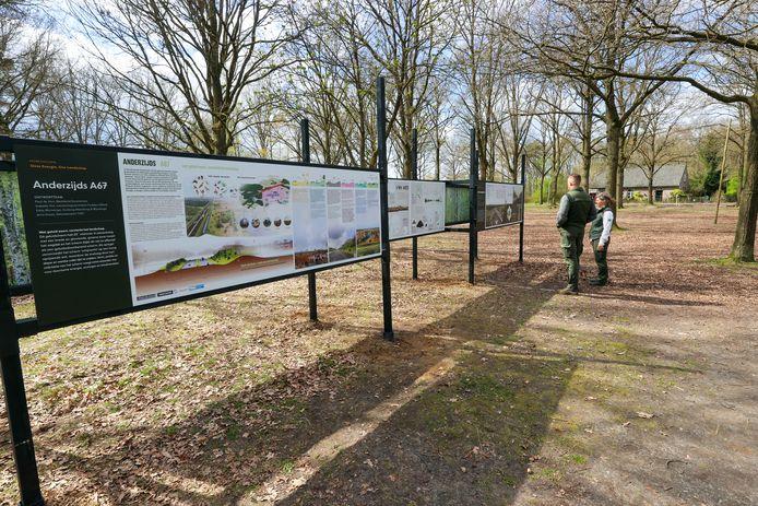 De buitenexpositie bij natuurpoort De Plaetse.